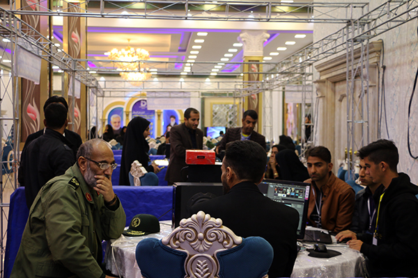 بازدید فرمانده سپاه و مشاوره استاندار کرمان از رویداد تولید محتوای دیجیتال