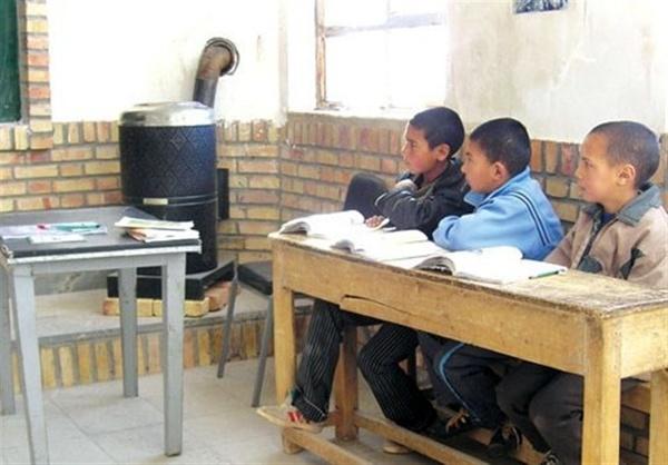 مدارس جنوب کرمان رکورد دار گرمایش با بخاری نفتی