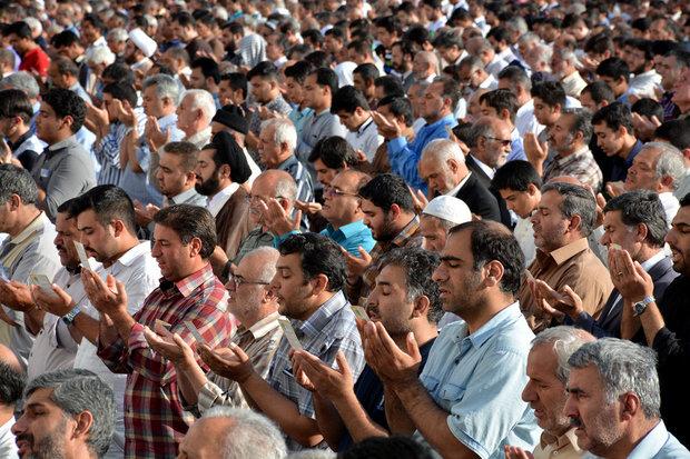 ۴۱۷ مسجد استان کرمان میزبان نمازگزاران عید فطر/ استفاده از سجاده شخصی در راستای کاهش شیوع کرونا